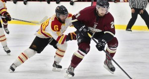 Stingers hold off Gryphons for 3-2 victory