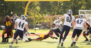 The Stingers have improved their record to 2-2 this season. Photos by Ana Hernandez