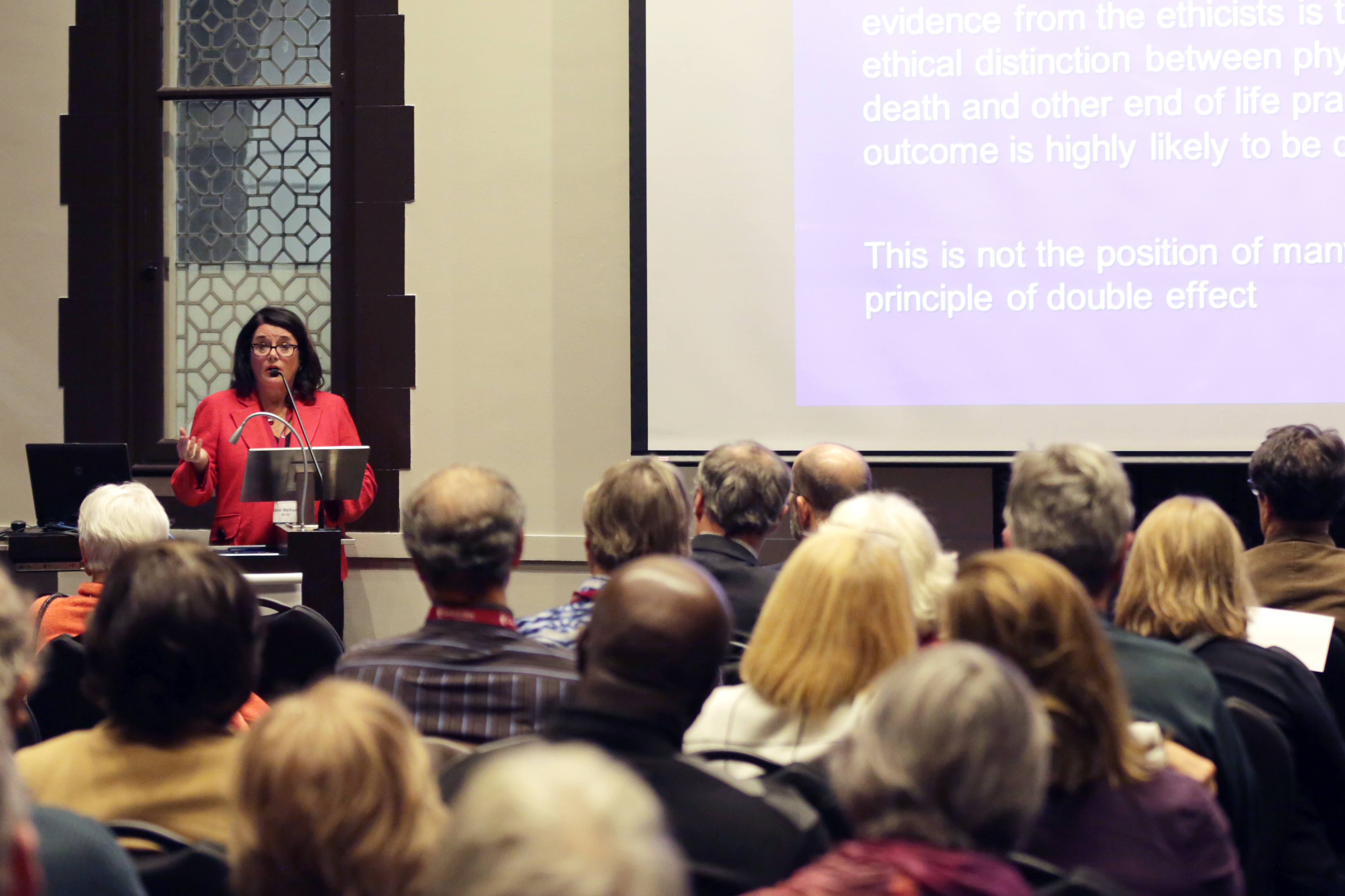 Hazel Markwell, expert in clinical ethics, presenting at the  Loyola Public Lecture Series on Ethics in Society. Photo by Marie-Pierre Savard.