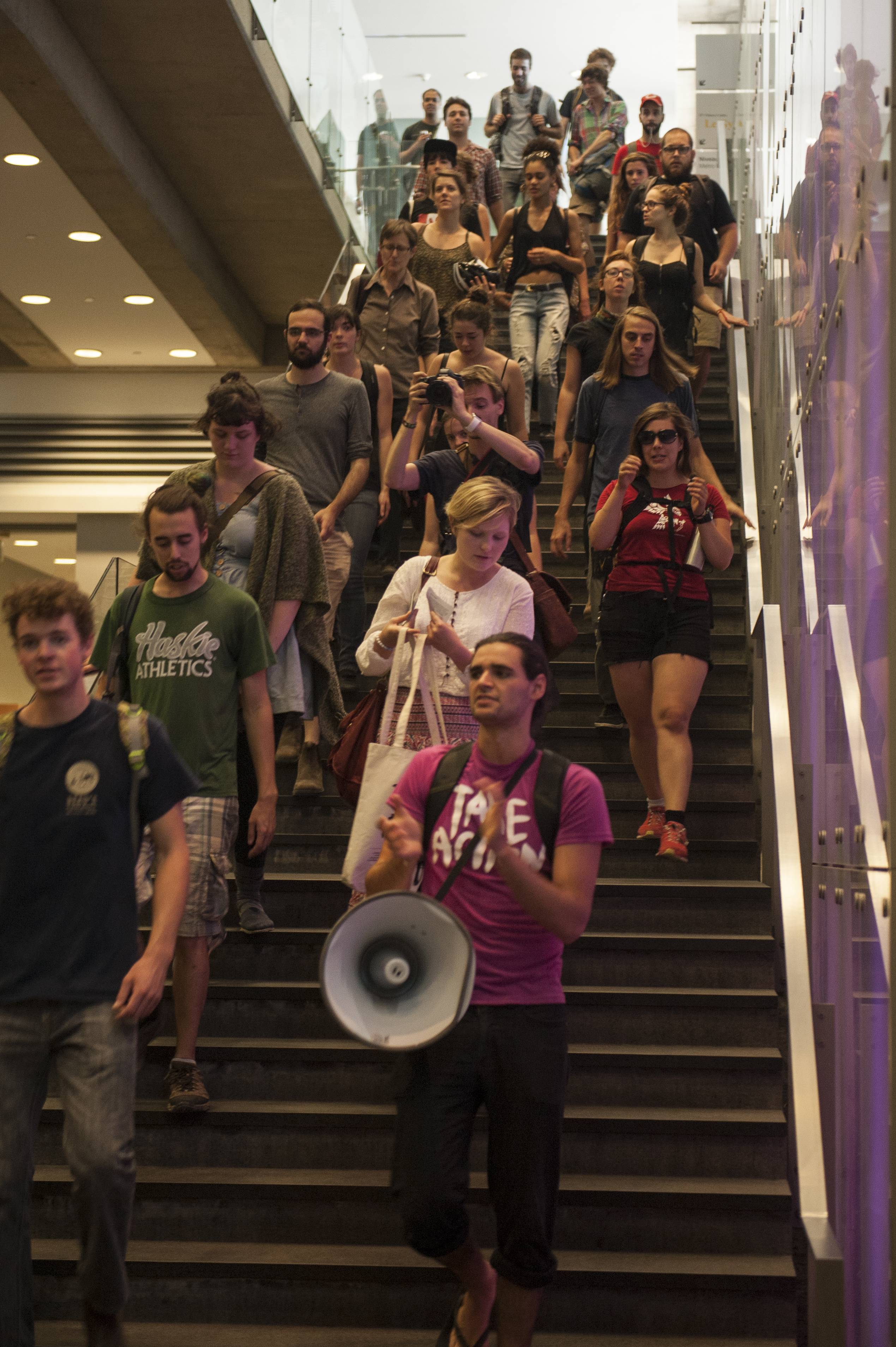 Students at a protest against tribunals in September 2015. Photo by Andrej Ivanov.